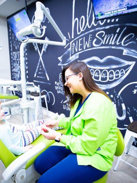 SmilesByTheBay-Staff-Candids-2020-30